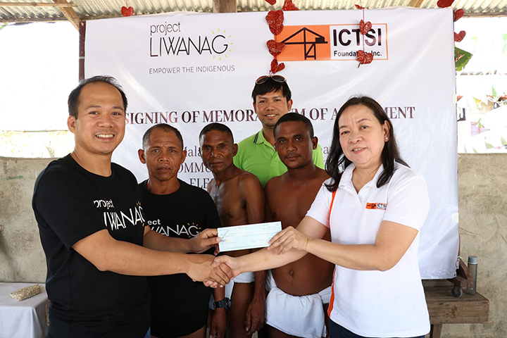 ictsi_foundation_empowers_aeta_community_with_solar_project_1_1.jpg