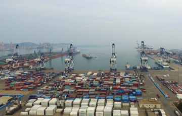 yantai-international-container-terminals-1