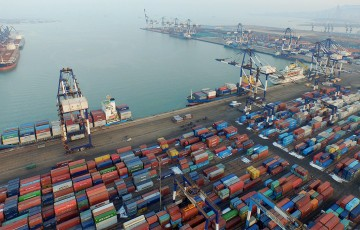yantai-international-container-terminals-3