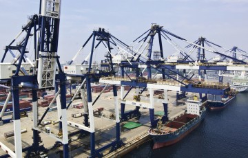 yantai-international-container-terminals-5